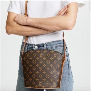 Louis Vuitton Monogram Crossbody Bag drouot